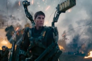 Edge of Tomorrow Official Trailer