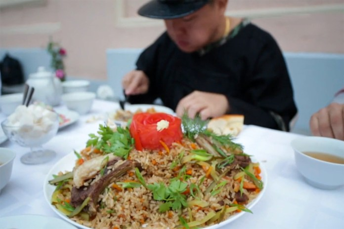 Fresh Off The Boat with Eddie Huang: Moscow – Part 2