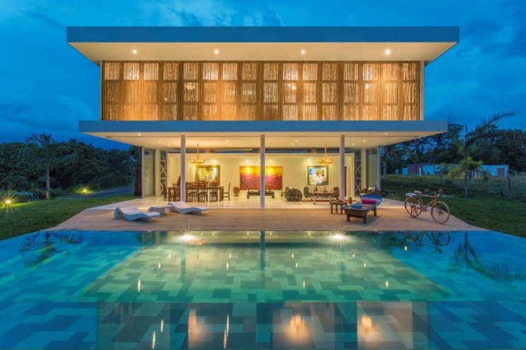Gallery House by GM Arquitectos