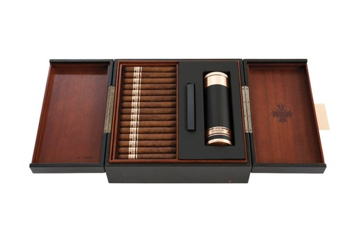 Jay Z and Cohiba Red Dot Partner to Launch Comador Cigars