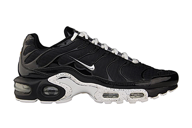 "Nike WMNS Air Max Plus ""Chrome Oreo"""
