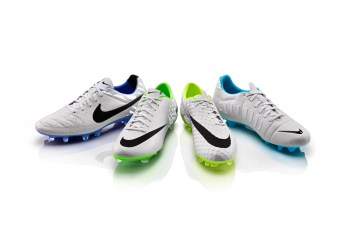 """Nike Football Unveils New """"Flash"""" Pack"""