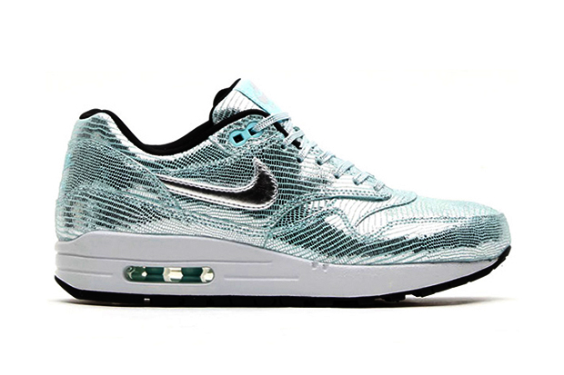 ... Metallic Silver/Varsity Red \u0026middot; Nike WMNS Air Max 1 QS \u0026quot;Disco ...