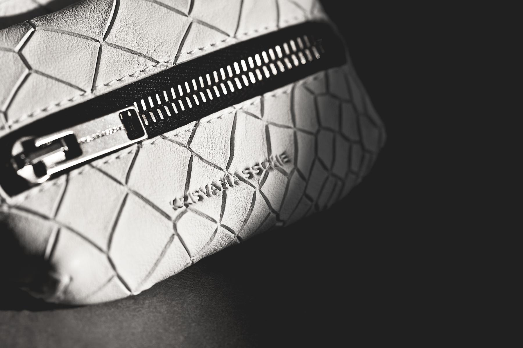 """KRISVANASSCHE 2014 Spring/Summer """"Croc Skin"""" Accessories"""