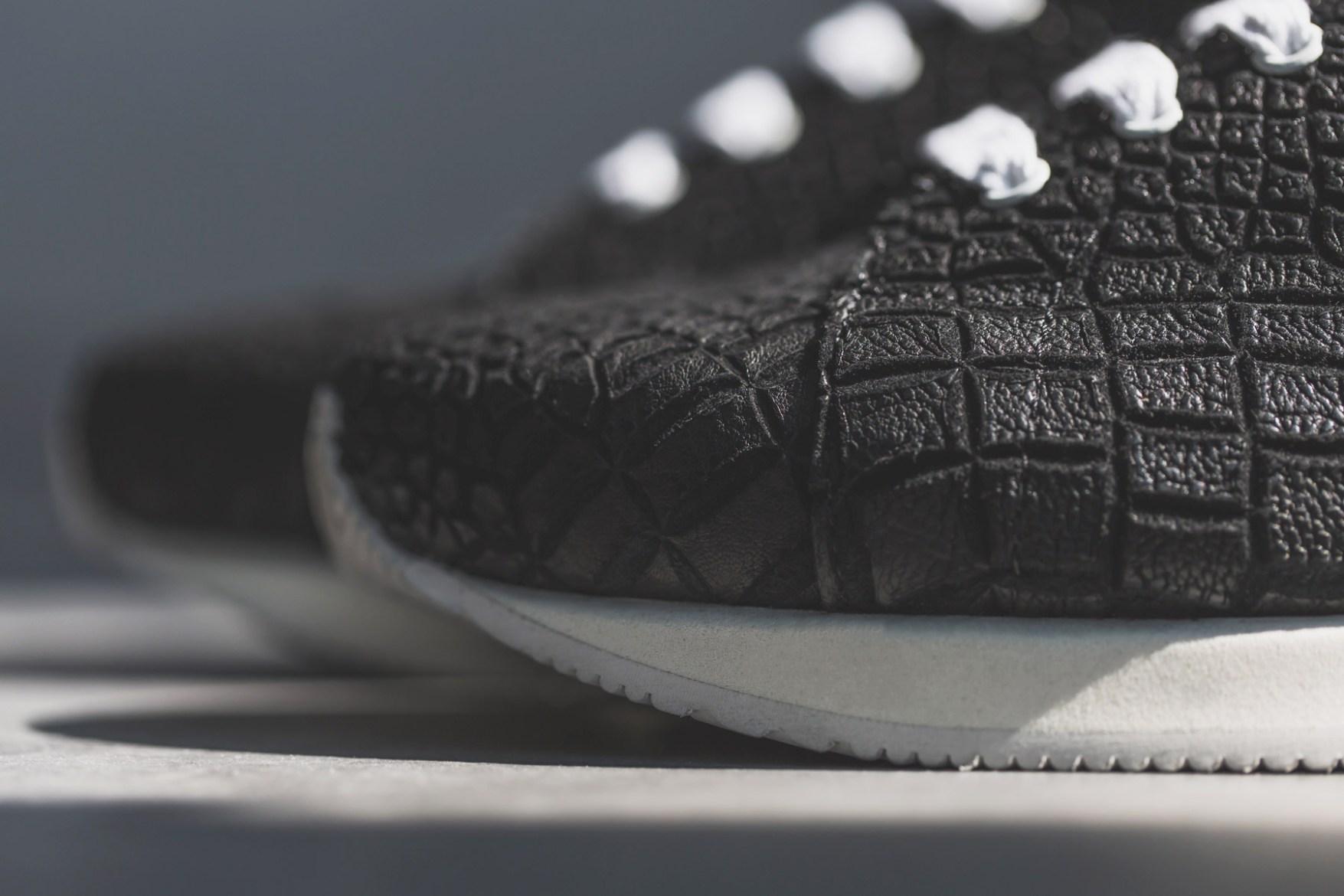 KRISVANASSCHE 2014 Spring/Summer Black Crocodile Pattern Low Sneakers