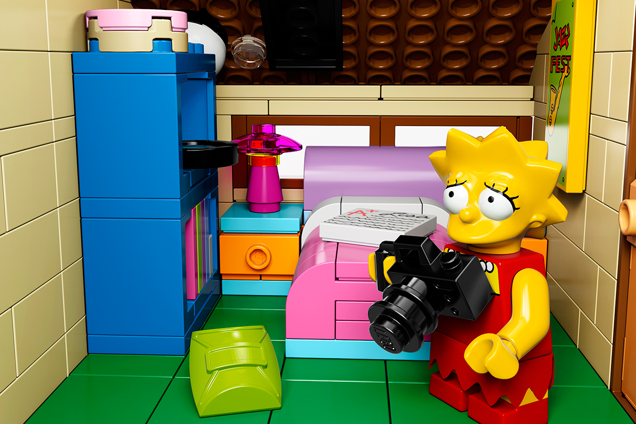 official 39 the simpsons 39 lego set hypebeast. Black Bedroom Furniture Sets. Home Design Ideas