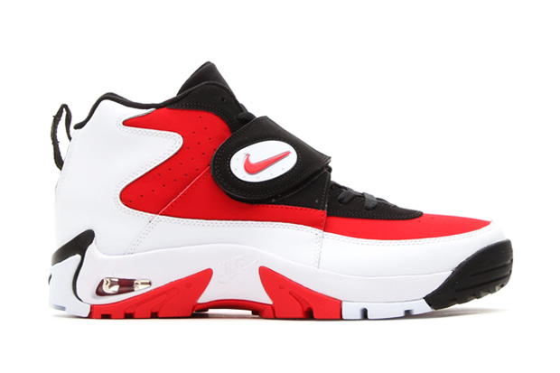 Nike 2014 Air Mission Retro