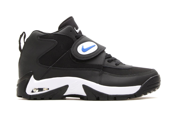 Nike 2014 Air Mission Retro