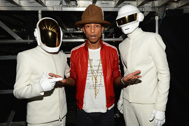 a0cf187b73c Pharrell williams grammys hat from vivienne westwoods collection jpg  315x210 Pharrell at grammys hat
