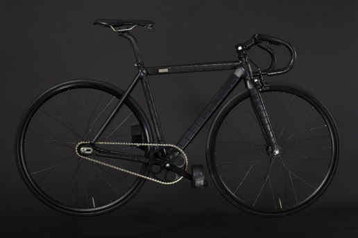 WLWC Crocodile-Wrapped Fixed Gear Bike