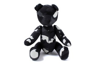 A Bathing Ape CITY CAMO TEDDY BEAR