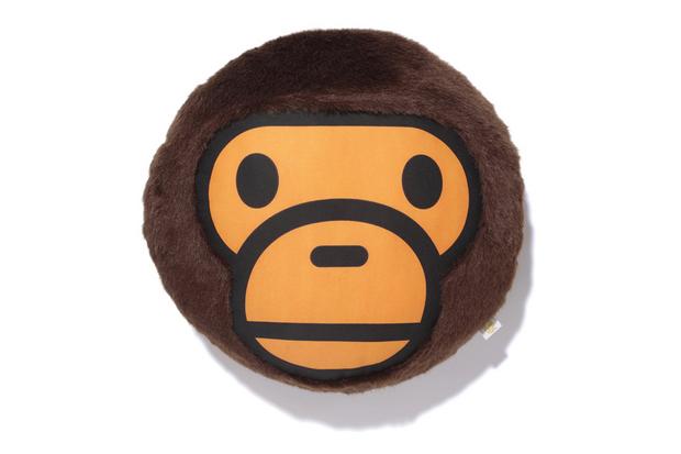 a bathing ape milo fur cushion