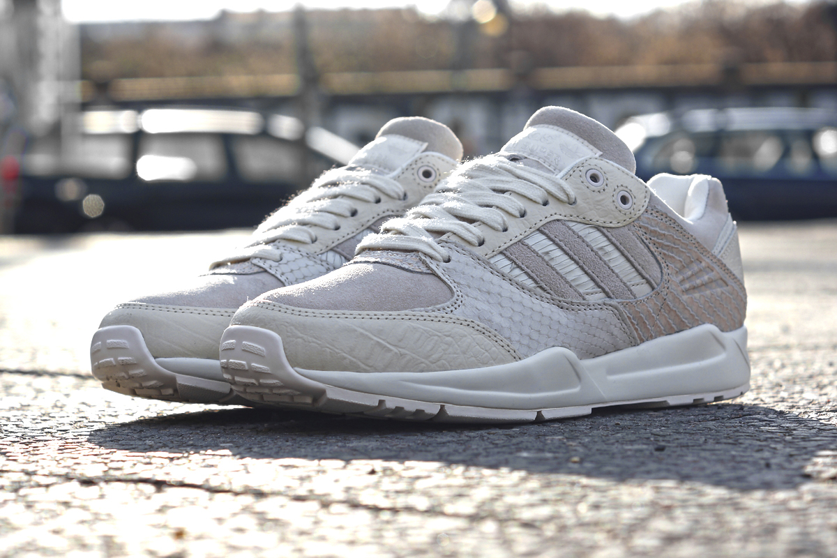 adidas womens tech super snakeskin