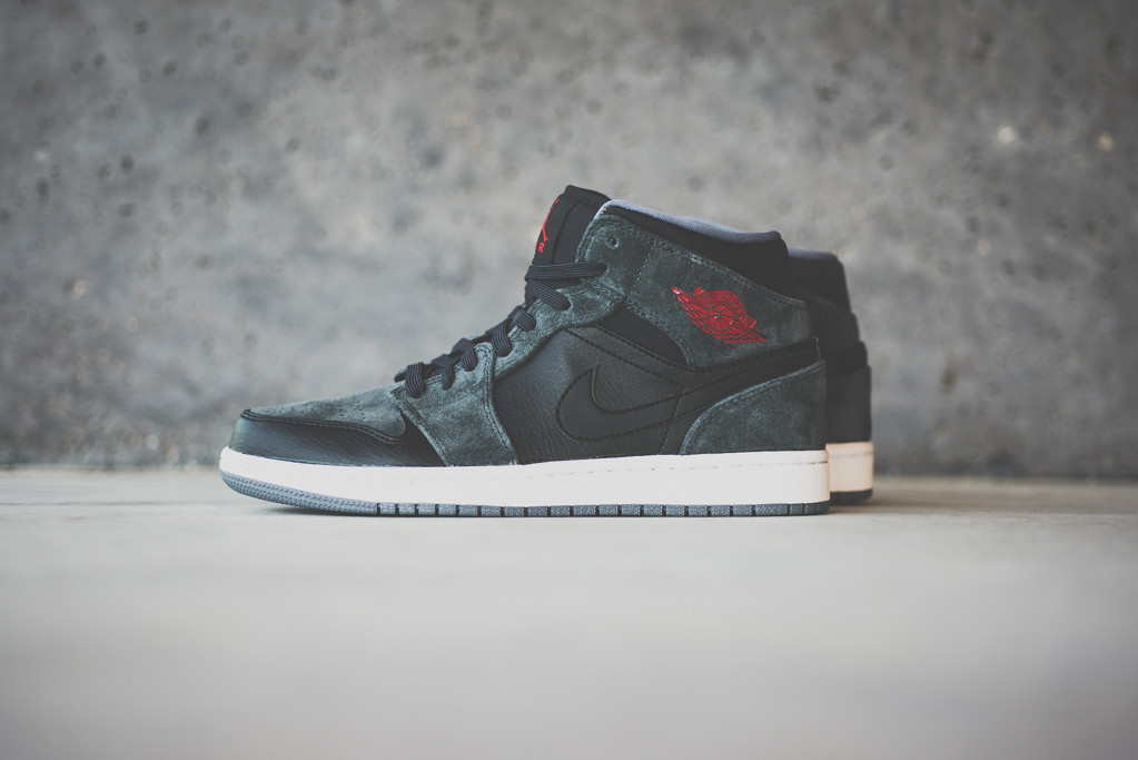 air jordan 1 mid black charcoal suede