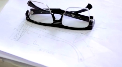 """AM Eyewear Celebrates Its 10th Anniversary with """"The Journey"""""""