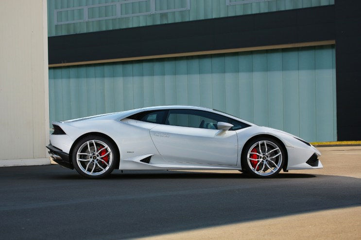 Another Look at Lamborghini's Impressive New Huracán LP 610-4