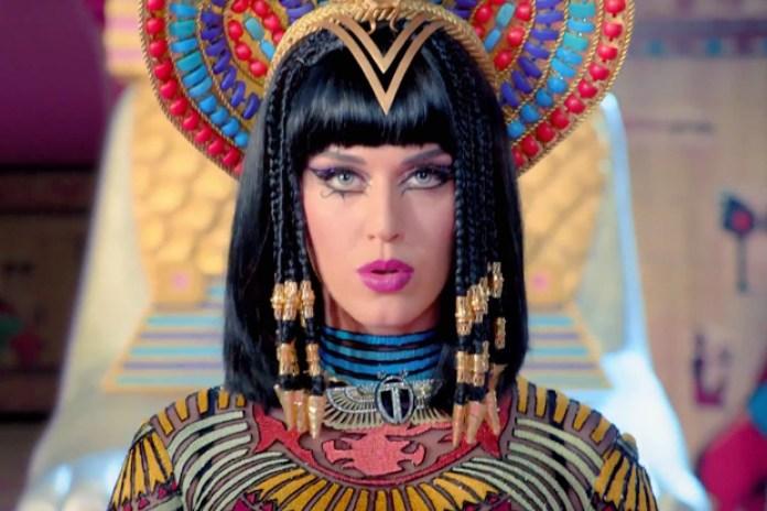 "Katy Perry featuring Juicy J ""Dark Horse"" Music Video"