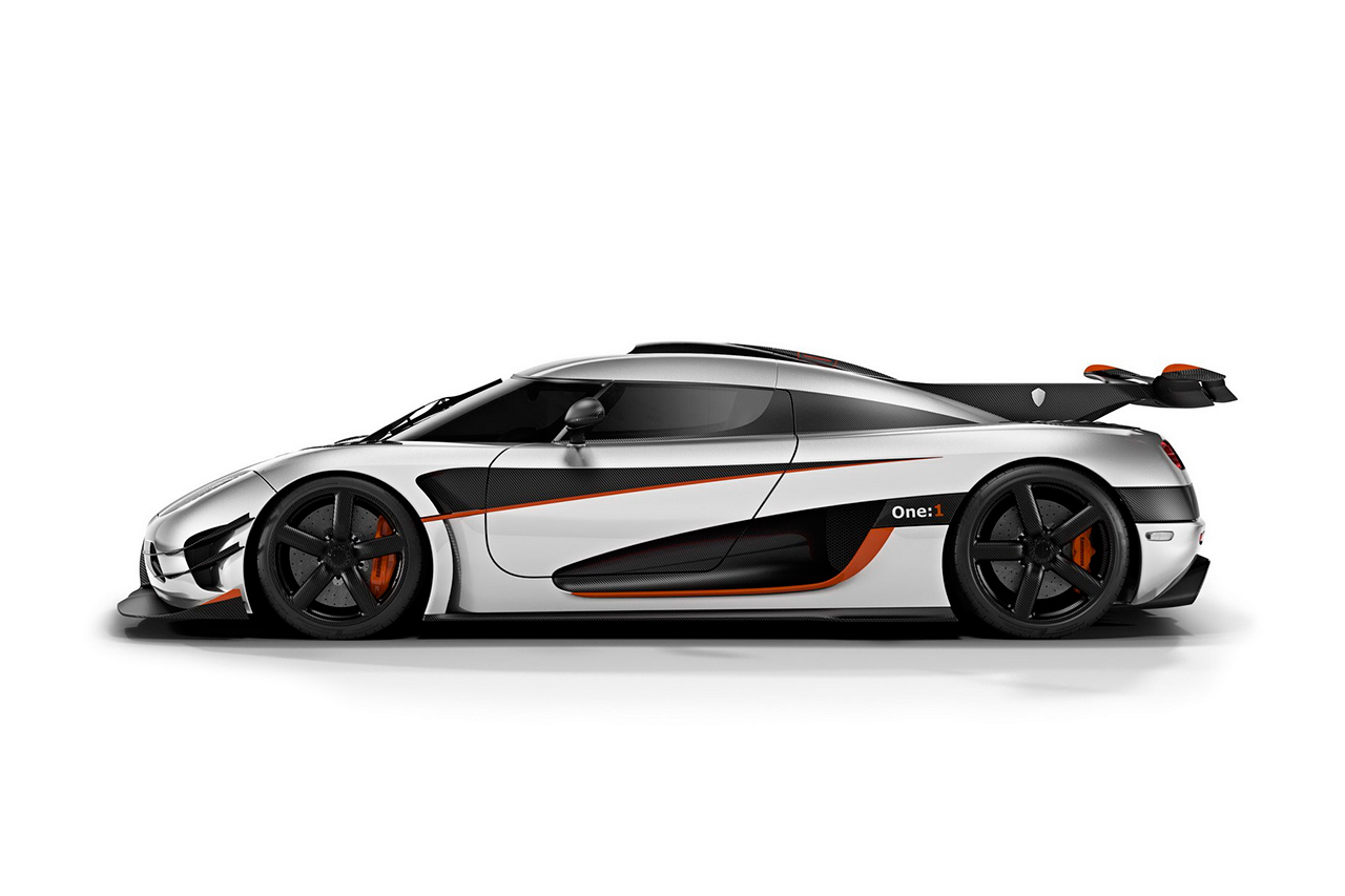 koenigsegg reveals one1 megacar