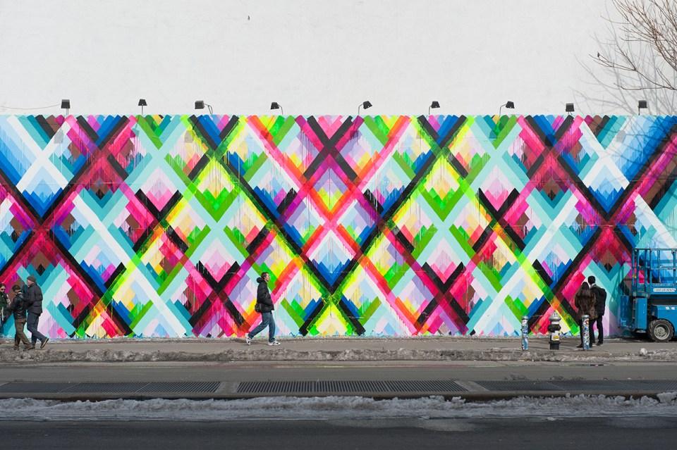 Maya hayuk 39 s bowery mural hypebeast for Daft punk mural