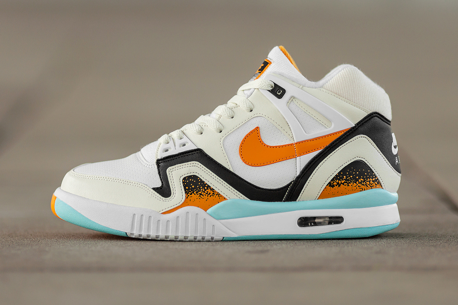 nike air tech challenge ii white kumquat soft pearl