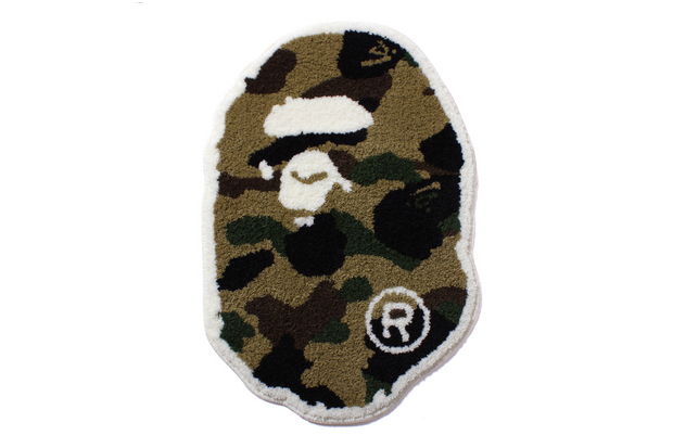 A Bathing Ape 1ST CAMO APE HEAD RUG