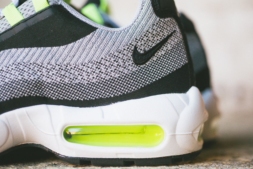 A Further Look at the Nike Air Max Jacquard Pack