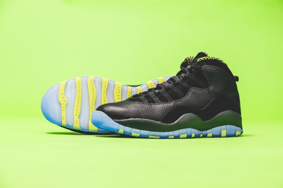 "Air Jordan 10 Retro ""Venom Green"" 