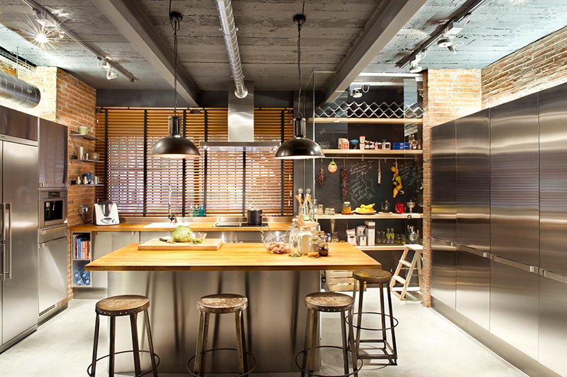 Egue and Seta Transform a Commercial Space Into a Modern Loft