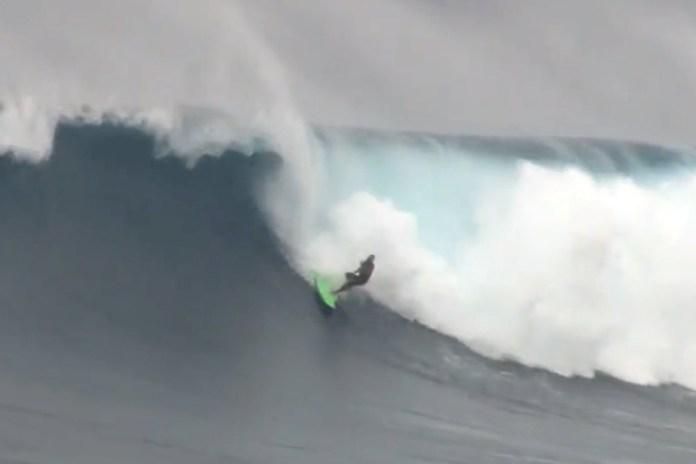 Jaws Wipeouts March 2014 Video