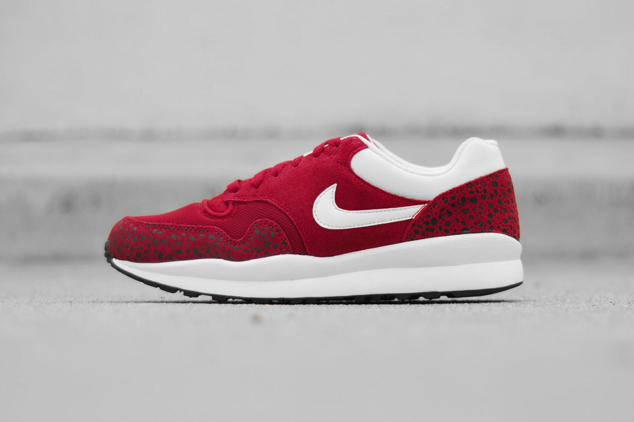 nike 2014 spring air safari black sail team red sail