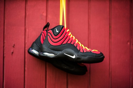 Nike Air Bakin' Varsity Red/Orange Blaze