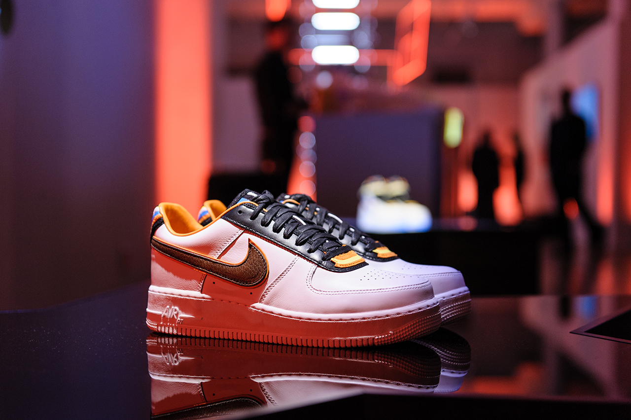 nike r t new york pop up store