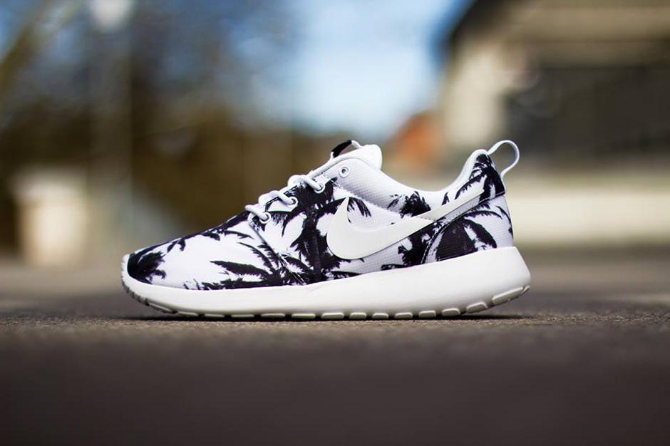 """Nike WMNS Roshe Run """"Sunset & Palm Trees"""" Pack"""
