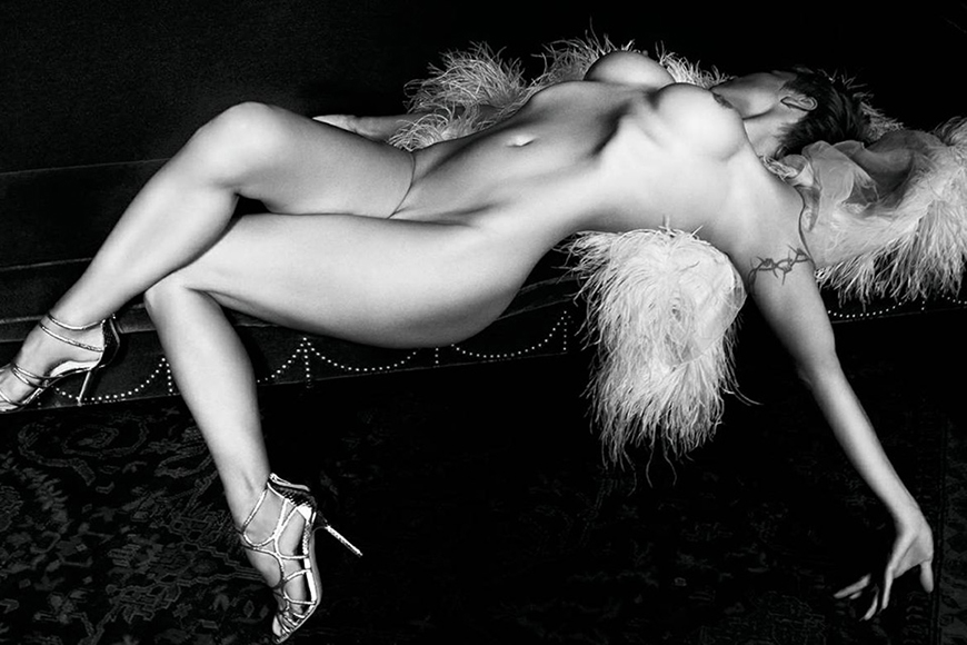 Pamela Anderson Poses Nude for Purple Magazine Issue 21