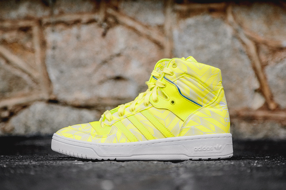 adidas originals rivalry hi true blue electric yellow