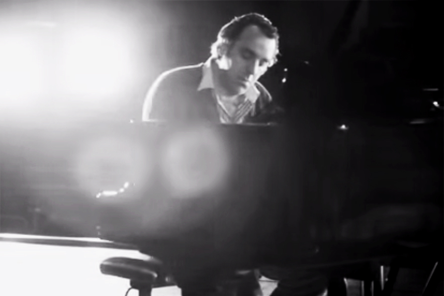 """Chilly Gonzales Breaks Down Drake's """"Hold On, We're Going Home"""""""