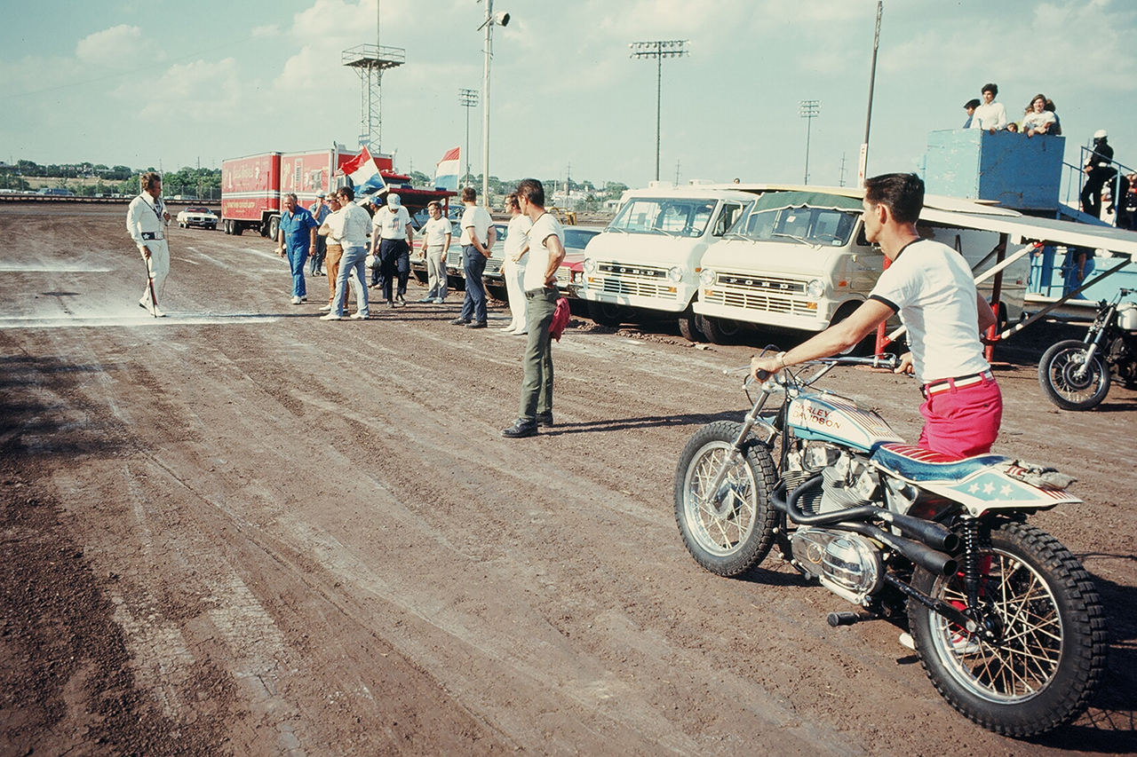 "Unseen Evel Knievel Images from ""Evel Comes to Cooperville"" Book by Garrett Colton"