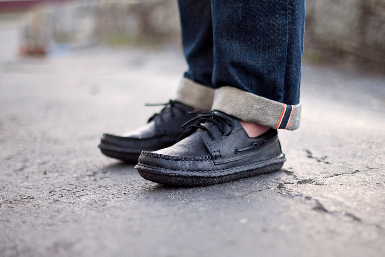 new england outerwear co 3 eye boat shoe blacked out