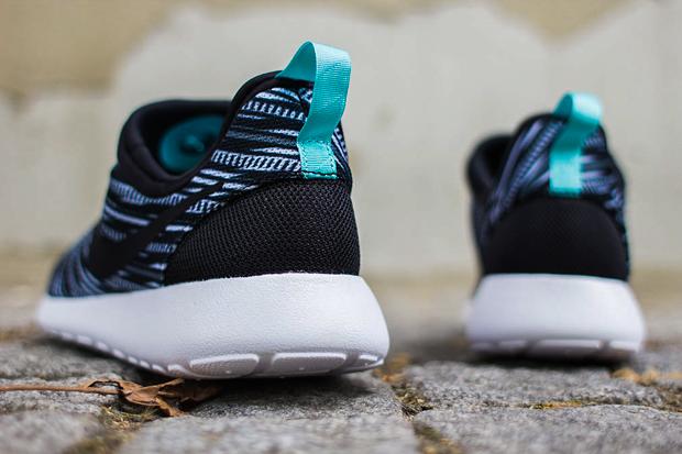 Nike Roshe Run Slip On GPX Black/White