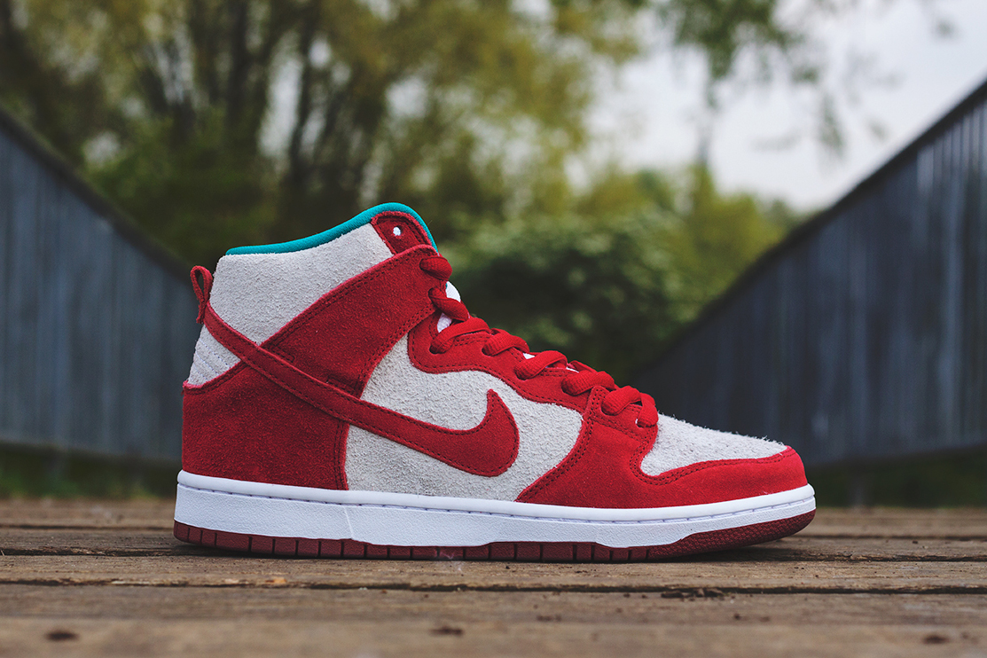 nike sb dunk high pro gym red white