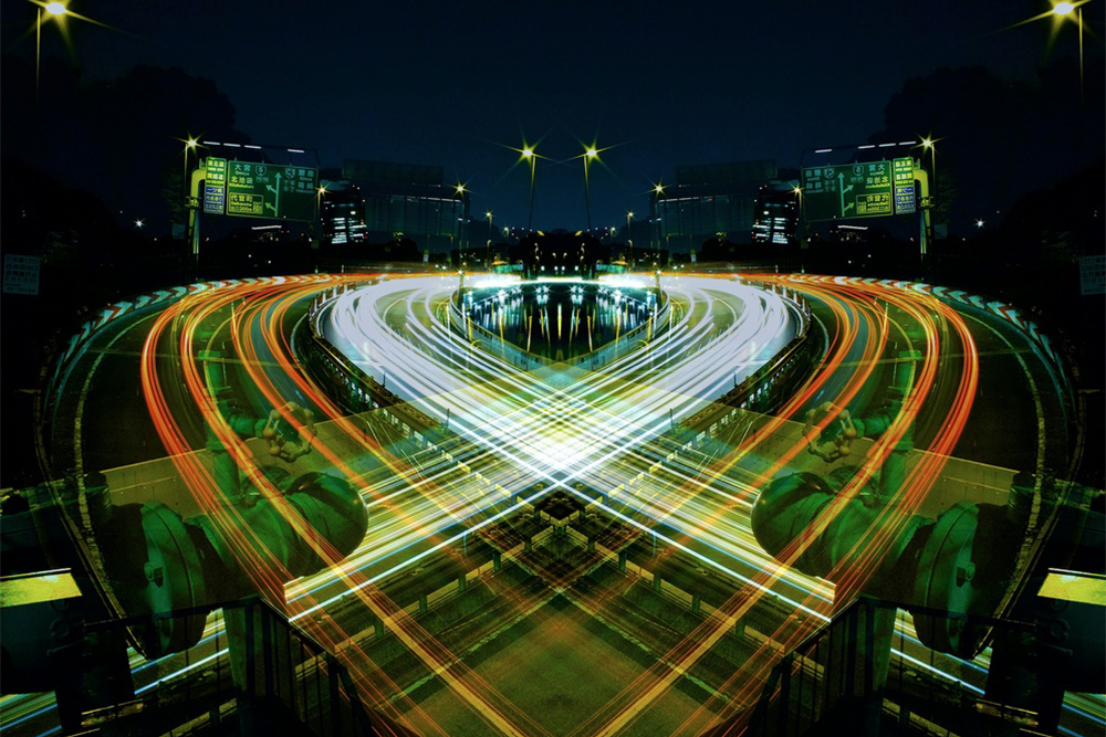 symmetric light photography by sinichi higashi
