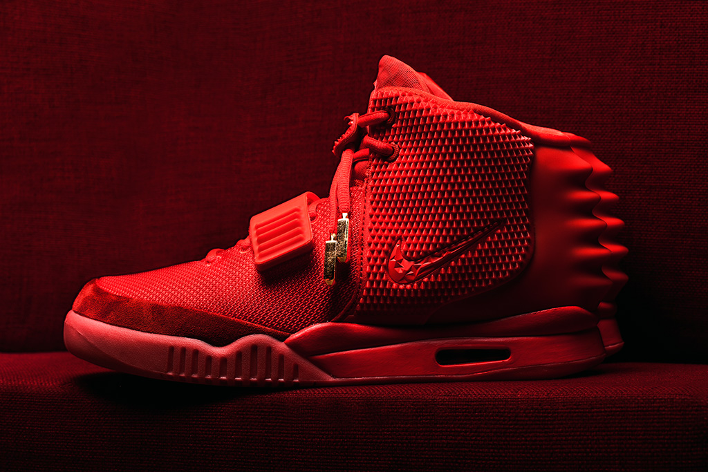 the sneaker lab looking into the construction and quality of the nike air yeezy 2 red octobers