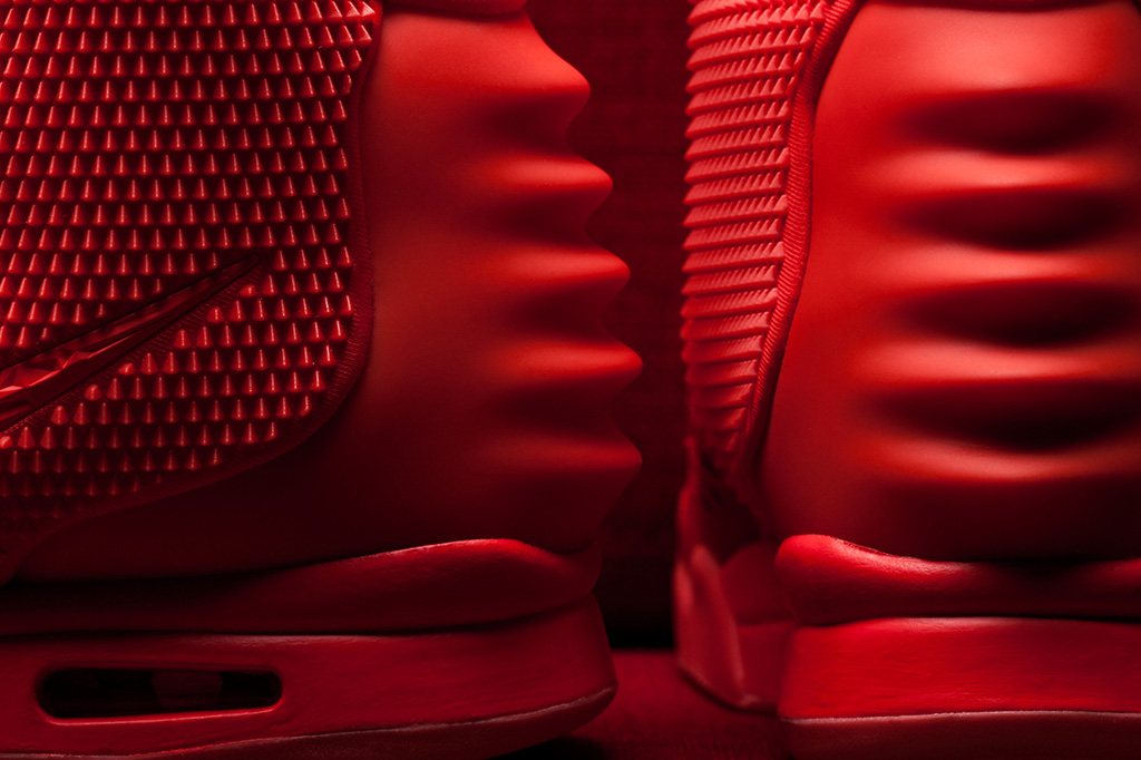 The Sneaker Lab: Looking into the Construction and Quality of the Red Nike Air Yeezy 2