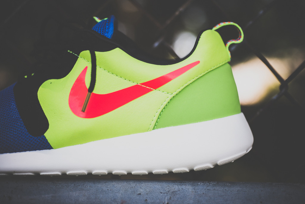 a closer look at the nike roshe run hyp prem magista
