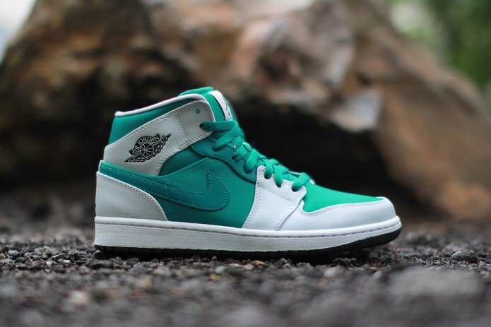 Air Jordan 1 Mid Lush Teal/Black-Pure Platinum