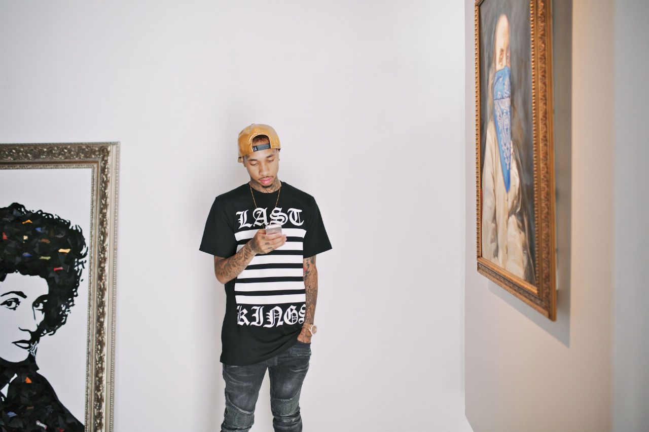#AROUNDTOWN featuring Tyga