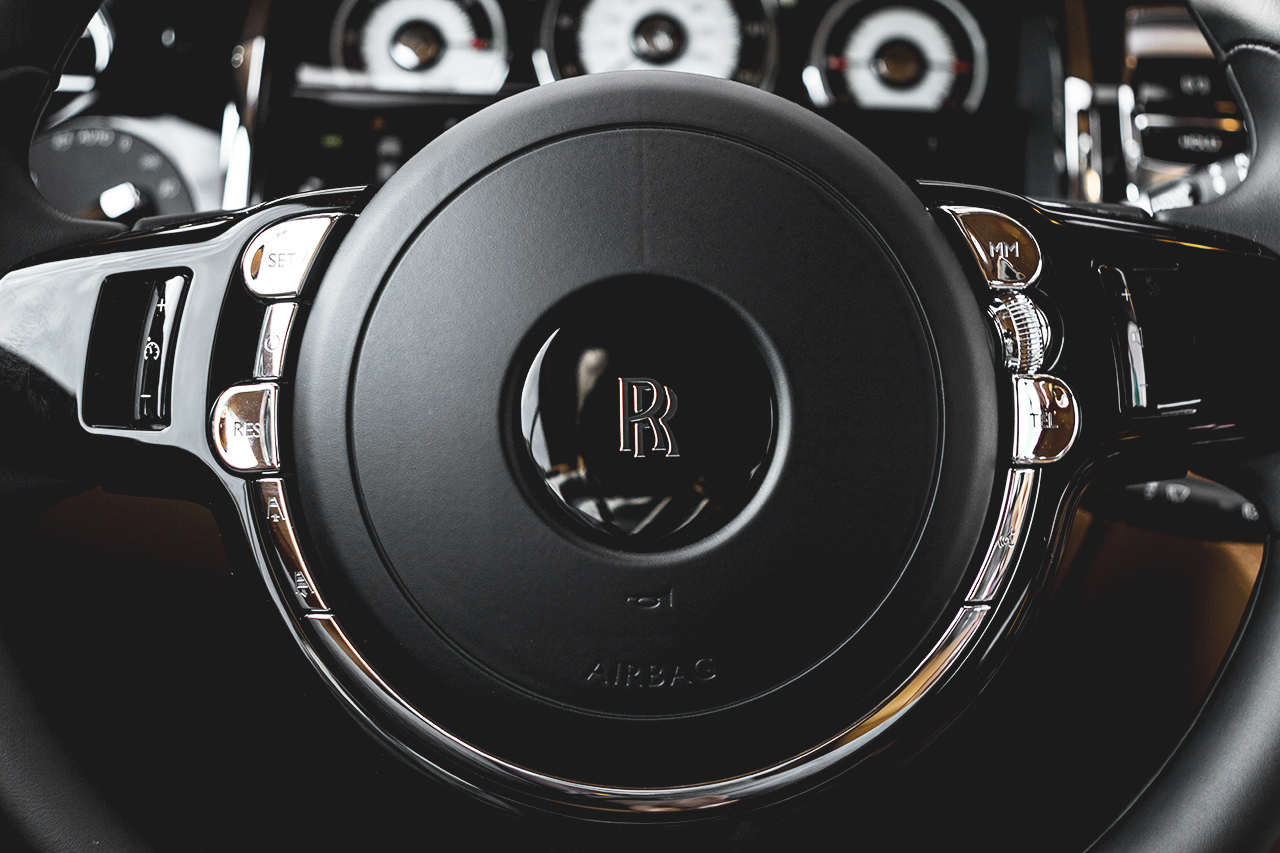 daniel woodfield offers a closer look at the rolls royce 2014 wraith