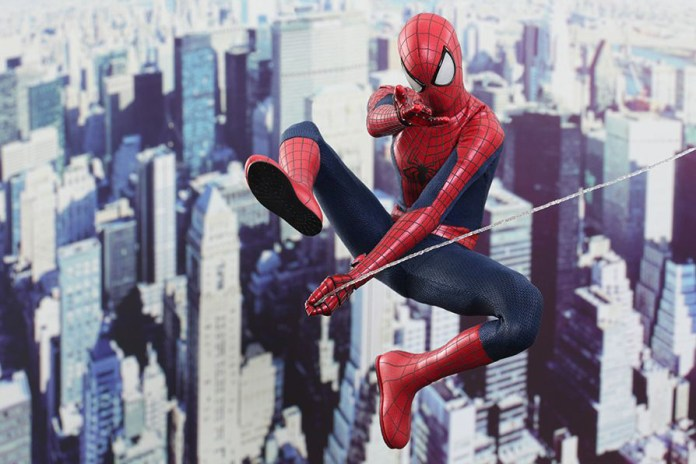 Hot Toys The Amazing Spider-Man 1/6th-Scale Collectible Figure