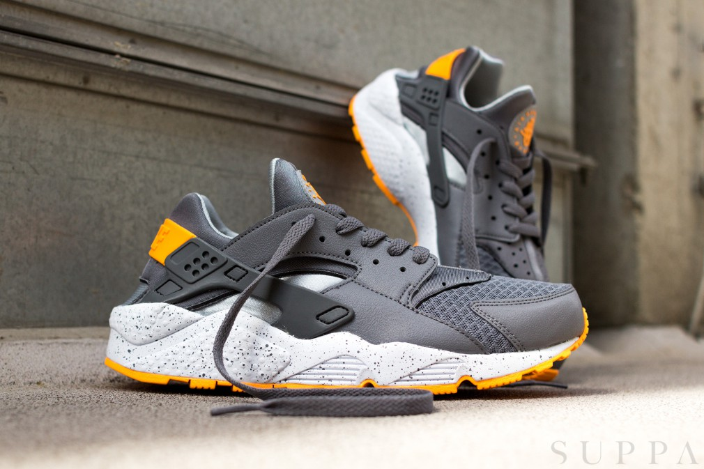 Nike Air Huarache Grey/Orange