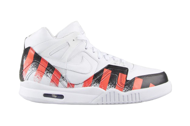 Nike Air Tech Challenge II QS